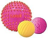 Ludi - Coffret de 3 balles sensorielles Roses pour l'éveil de bébé. Dès 6 Mois. 1 Grande Balle Bicolore de Massage et 2 Petites balles nervurées au Toucher Rigolo 15 et 8 cm - 30022