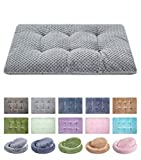 WONDER MIRACLE Fuzzy Deluxe Pet Beds, Super Plush Dog or Cat Beds Ideal for Dog Crates, Machine Wash & Dryer Friendly (15' x 23', S-Grey)