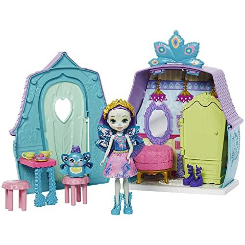 Enchantimals Patter Peacock con Casita de campo, mueca pavo real con mascota, casa de juguete y accesorios (Mattel GYN61)