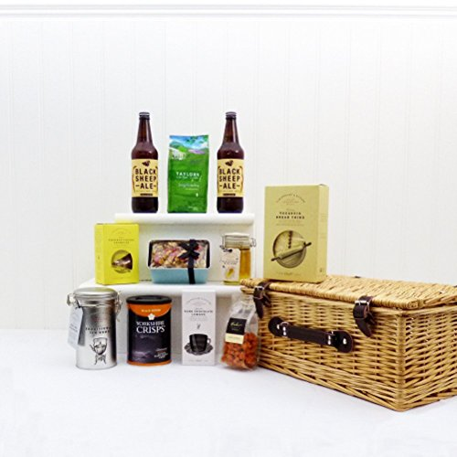 The Yorkshire Wicker Ale and Food Hamper Basket - Ideas for Dad, Fathers Day, Grandad, Husband, him, Birthdays, Thank you, Retirement