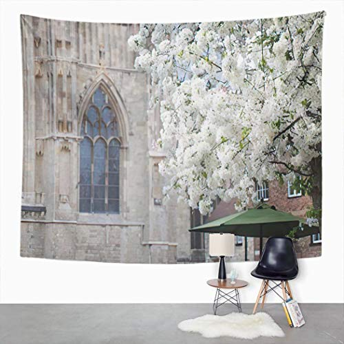Y·JIANG Tapiz de paisaje, árbol de cerezo y una ventana de York Minster Home Dormitorio Tapices grandes decorativos, manta ancha para colgar en la pared para sala de estar, dormitorio, 152,4 x 127 cm