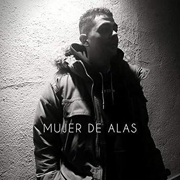 MUJER DE ALAS
