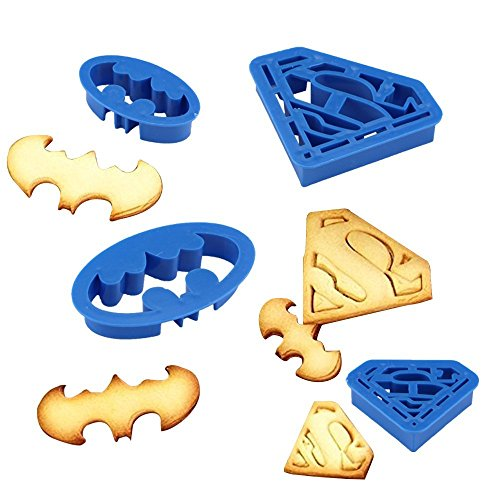Anokay 4tlg. Keks Fondant Ausstecher Batman Super Hero Ausstechformen Superman Sugarcraft Cake Cookies Toast Cutter Dekoration Modellierwerkzeug Deko Stempel Set