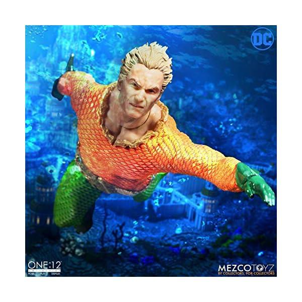 Figura Aquaman 17 cm. One:12. DC Cómics. Mezco Toyz 6