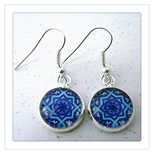 Pendientes colgantes de plata con diseño marroquí de azulejos españoles en preciosos tonos de azul, geométrico