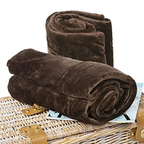 BCASE Pack 2 Coperta in Microfibra Peluche, Morbida e Confortevole, 100% Poliestere, 130x160 cm, per Divano o Letto, Ideale per la Protezione dal Freddo, Colore Marrone.