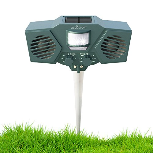 Ultrasonic Solar Animal & Pest Repeller - With 30 Motion Sensor, Flashing LED Light - Pest Control For Raccoon, Cats, Dogs, Deer, Birds - Weather Proof Design - Includes 3 Batteries & USB Cable
