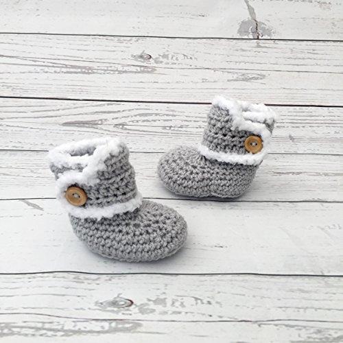 Woolly Budgie Crochet baby booties