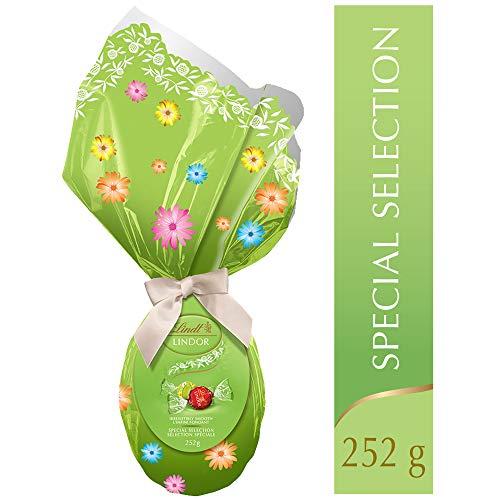 Lindt Lindor Mega Egg Special Selection Chocolates (Milk, Milk/White and Stracciatella) Gift, 252g