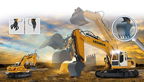RC Baufahrzeug kaufen Baufahrzeug Bild 1: Jamara 405060 - Bagger Liebherr R936 1:20 2,4G - realistische Funktionen (entladen/ aufladen), jedes Gelenk einzeln steuerbar, 660 ° Turmdrehung, Metallschaufel, Motorsound, Hupe, Rückfahrwarnsound*