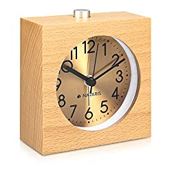 Navaris Wood Analog Alarm Clock - Square Battery-Powered Non-Ticking Clock with Snooze Button, Light, Gold Face - Light Brown