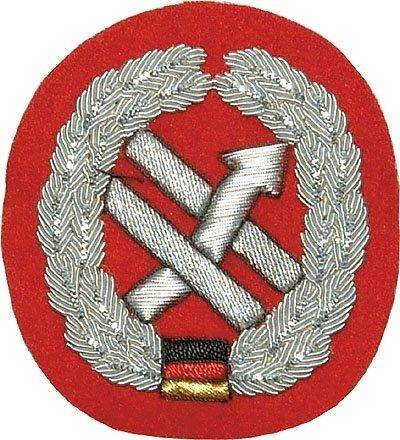 Weitere... Insigne de béret Pionnier Force Main brodé