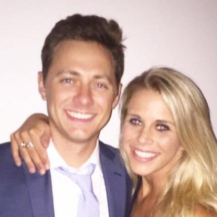 Sam en Stephanie dating