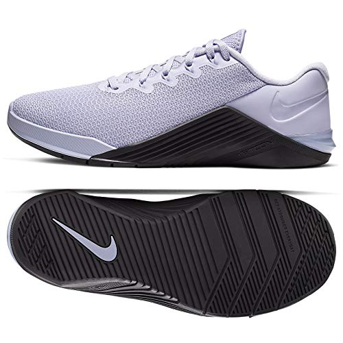 Nike Metcon 5 Women's Training Shoee Lavender Mist/Oil...