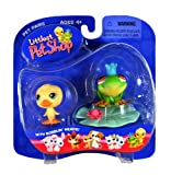 Hasbro Year 2004 Littlest Pet Shop Pet Pairs Series Collectible Bobble Head Pet Figure Set - Yellow Baby Duck and Green Frog 'Prince' Plus Blue Crown, Lily Pad and Lily Flower (50486)