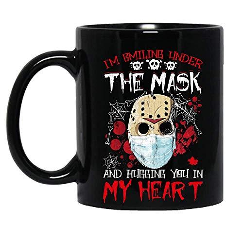 Estoy sonriendo bajo la máscara y abrazándote en mi corazón jason voorhees personaje de terror disfraz de halloween taza de cerámica tazas de café gráficas tazas negras tapas de té novedad personaliza
