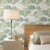 RoomMates - Papel pintado para pared, diseño de lirios, color beige y verde