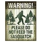 アメリカ雑貨 ブリキ看板 ビッグフット WARNING PLEASE DO NOT FEED THE SASQUATCH BIGFOOT サスカッチ サスクワッチ インテリア ガレージ ポスター ブリキ 看板 おしゃれ