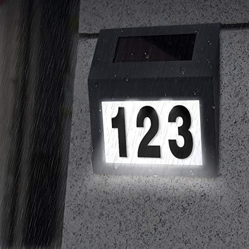 Aufun Número de casa iluminado solar con 2 luces LED, número de casa solar iluminado de acero inoxidable con interruptor crepuscular y panel solar de silicio para exteriores, color antracita