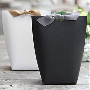 Gift Bag Golden Surprise Easter 18 x 21 cm Gift Bag Packaging