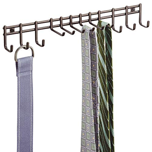 mDesign Porta cravatte e portacinture con ganci – Portacravatte a muro in metallo – Ideale per cravatte, cinture, foulard, collane e indumenti – bronz