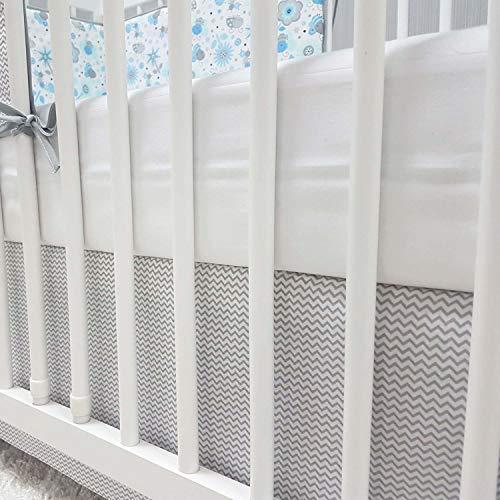 Baby-Joy Bettrock Volant für Babybett Kinderbett ZICK-ZACK Linie Baumwolle grau grau (60 x 120 cm)