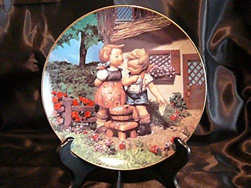 c1990 Danbury Mint Hummel Little Companions Squeaky Clean Teller NEGR74