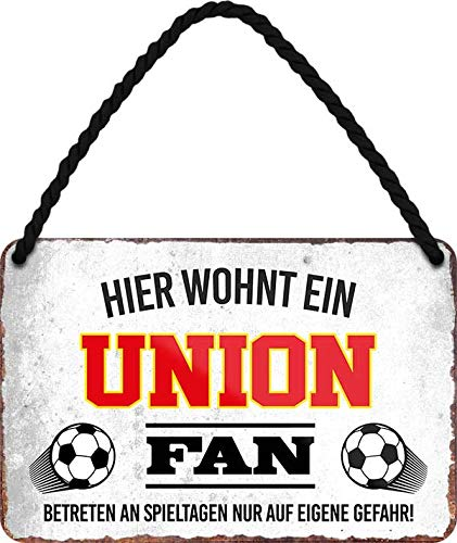 Blechschilder HIER WOHNT EIN Union Fan Hängeschild für Fußball Begeisterte Deko Artikel Schild Geschenkidee 18x12 cm