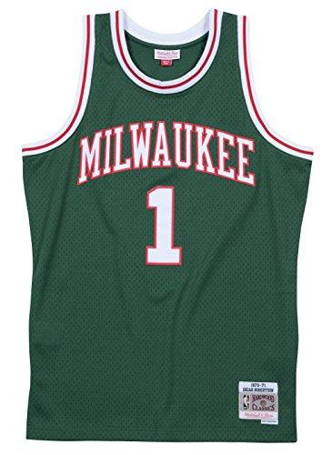 Mitchell & Ness Oscar Robertson Milwaukee Bucks NBA Throwback Jersey - Green