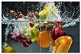 Wallario Herdabdeckplatte/Spritzschutz aus Glas, 2-teilig, 80x52cm, für Ceran- und Induktionsherde, Motiv Früchte im und unter Wasser - Splashing Fruits