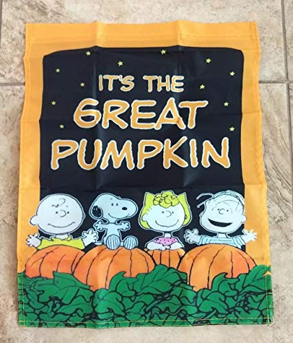 Peanuts Snoopy Charlie Brown 14x18 inches Garden Flag Great Pumpkin Fall/Halloween