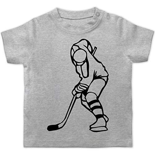 Sport Baby - Eishockeyspieler - 1/3 Monate - Grau meliert - Eishockey - BZ02 - Baby T-Shirt Kurzarm