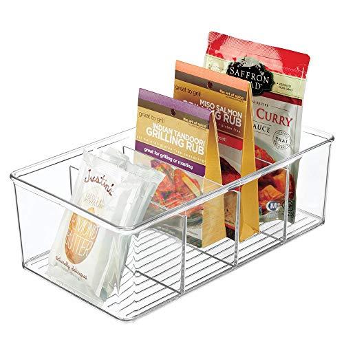 mDesign Aufbewahrungsbox – stapelbarer Kasten mit vier Fächern zur Lebensmittelaufbewahrung – moderner Küchen Organizer für Tütensuppen, Gewürze etc. – durchsichtig