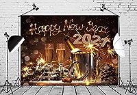 X 7x5ft2021大晦日のお祝いの背景クリスマスパーティーの装飾のためのラッキーチャーム写真の背景としてのバケットホースシューのフルートシャンパンのペア写真の背景写真スタジオ