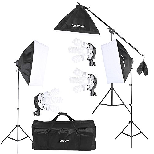 Andoer Softbox Kit de Iluminacin para Photo Studio Video, (12)Bombilla 45W (Equivalente a 2400W), (3)Portalmparas 4-en-1, (3)Softbox, (3)Light Stand 200cm, (1)Barra de brazo de suspensin (1)Bolsa