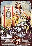 Letrero metálico con diseño retro de Harley Davidson de chica en la gasolinera, impreso en aluminio cepillado a todo color de 25,4 cm x 20,32 cm