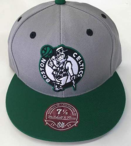 Mitchell & Ness Boston Celtics Vintage Logo Two-Toned Fitted Hat - Kelly Green/Grey (7 1/2)