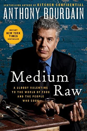 Medium Raw A Bloody Valentine to the World of Food and the People Who Cook product image