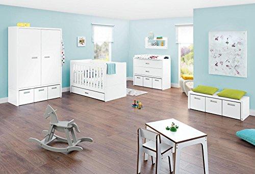 Pinolino Kinderzimmer Enzo breit, 3-teilig, Kinderbett (140 x 70 cm), breite Wickelkommode mit Wickelaufsatz und Kleiderschrank, weiß Edelmatt (Art.-Nr. 10 34 05 B)