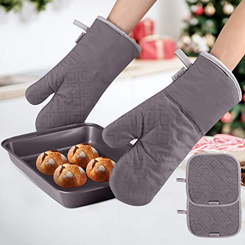 KeShi Kitchen Oven Mitts Set Oven Mitts and Pot Holders Heat Resistant with Quilted Cotton Lining NonSlip Surface 4 Pieces for Cooking Baking Grilling Barbecue Gray