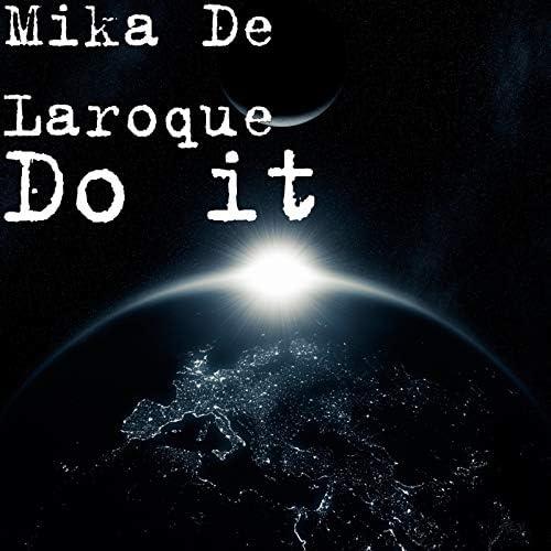 Mika De Laroque