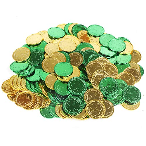 St. Patrick's Lucky Coins Plastic Shamrock Leprechaun 3-Leaf Clover Coins for Party Decoration Favors, 144pcs/Gold and Green