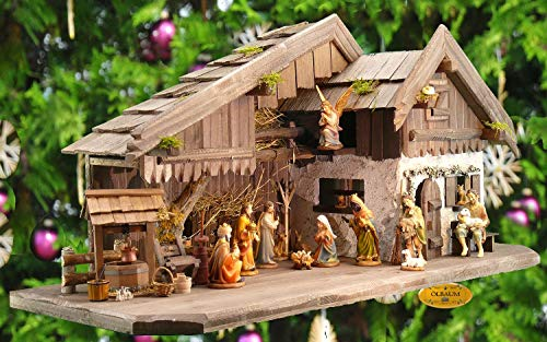 ÖLBAUM-Krippe KA70du-MF-ALP-T2LF1 XXL Holz - Weihnachtskrippe mit großer Bodenplatte, mit Holz-Brunnen MIT HOLZDACH + Premium-DEKOSET Alpenland, Massivholz Dunkelbraun - mit 12 x Premium-Krippenfig