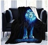 XZDPPTBLN Mantas de Franela Súper Suave de Lana León Animal Brillante Azul Mantas con Estampados Esponjosa y Cálida Mantas para la Cama y el Sofá 70cm x 100cm