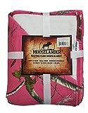 MOOSELANDER- Reversible Sherpa Blanket Realtree Prints. Queen/Large 72' x 60' (Realtree Hot Pink)