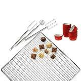 Kaiser Pâtisserie Pralinen und Konfekt- Set, 4-teilig, 20 Aluförmchen, Tauchgabel, Tauchspirale, Abkühlgitter, mit Rezeptheft
