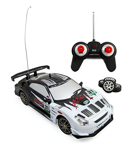 Team RC Super Fast Drift King R/C Sports Car Remote Control Drifting Race Car 1:24 + Headlights, Backlights, Side Lights + 2 Sets of Tires (White)