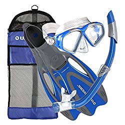 Snorkelling kit with snorkel, mask and fins include all parts