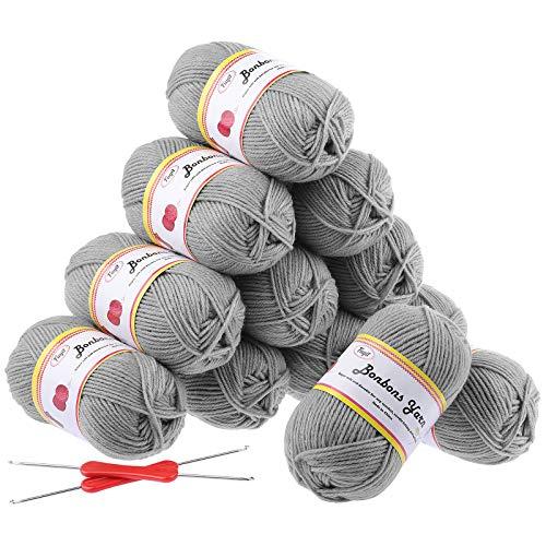 Fuyit Häkelgarn 600g (12x50g) Grau DK Doppel Stickgarn Wolle Zum Stricken 100% Acryl Wolle Set mit 2 Häkelnadeln 1200 Meter Handstrickgarn Baumwollgarn für Häkeln und Kunsthandwerk