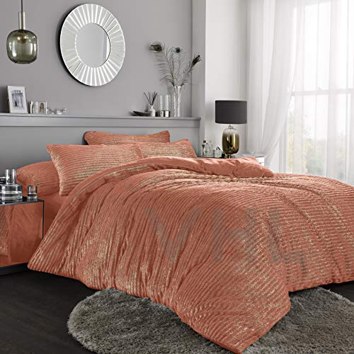 Gaveno Cavailia Teddy Shiny Stripe Fleece Duvet Set With Matching Pillowcase, Fluffy Thermal Quilt Cover, Super Soft & Cosy Linen, Coral, Single Size Bedding, 100% Polyester